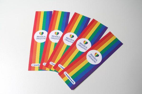 marcador de livro arco-íris brasilia orgulho